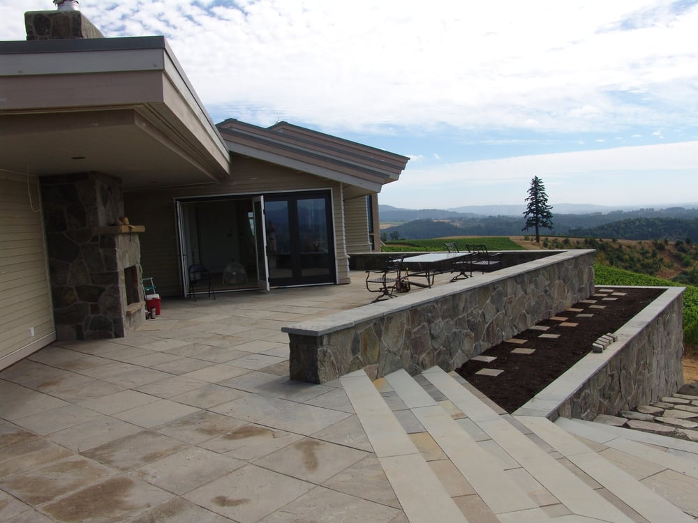 Natural Stone Construction : Vineyard in yamhill new construction natural stone