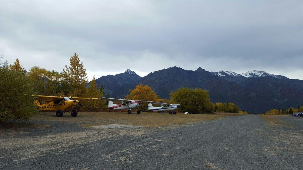 Majestic Valley Wilderness Lodge: 16162 W Glenn Hwy, Sutton, AK