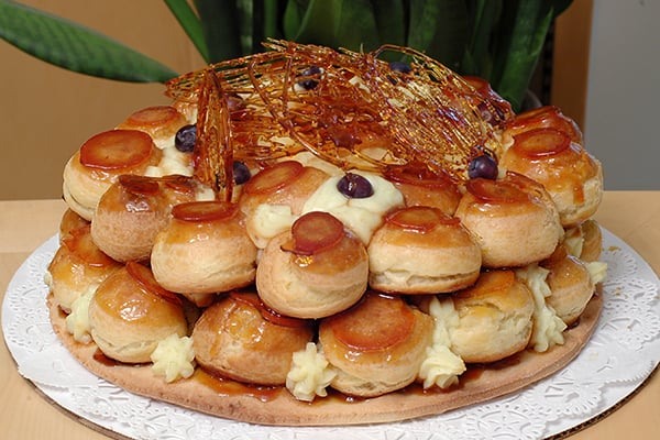 st honor cake excellent burnt caramel flavor very similar to a croquembouche 25 yelp. Black Bedroom Furniture Sets. Home Design Ideas