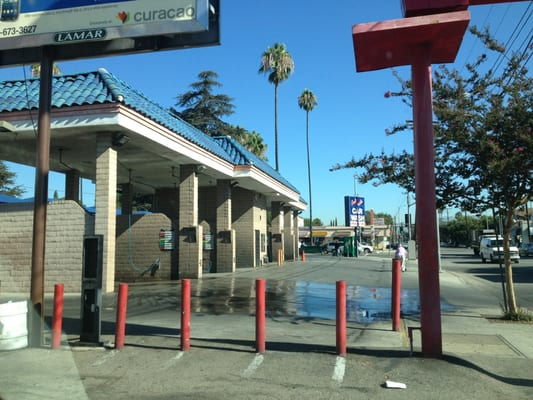 Buena vista self serve car washes 14900 sherman way van nuys ca hotels nearby solutioingenieria Images