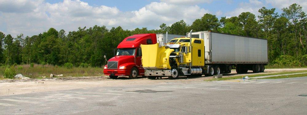 Juan's Wrecker Service: 103 N Tony De La Rosa St, Sarita, TX