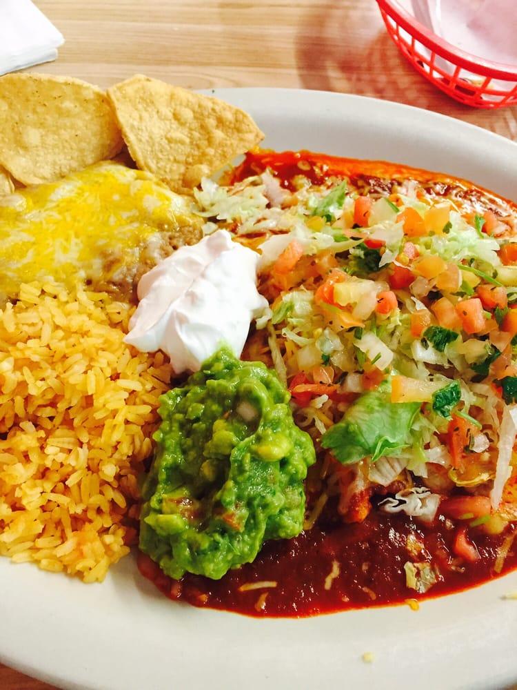 Miguelitos Family Restaurant: 17664 Adelanto Rd, Adelanto, CA