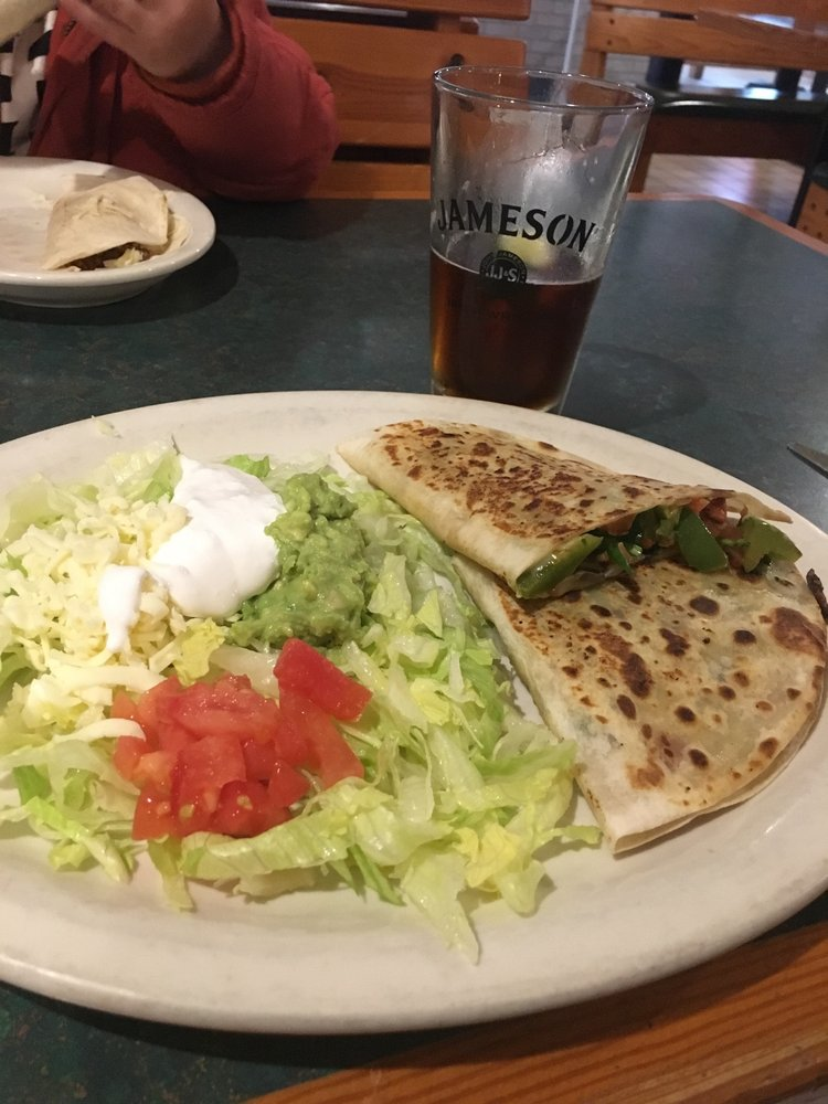 Los Magueyes: 1329 S Webster Ave, Green Bay, WI
