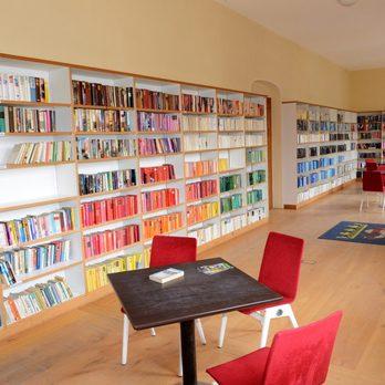 offene bibliothek bibliothek schlo gartenstr 6 b. Black Bedroom Furniture Sets. Home Design Ideas