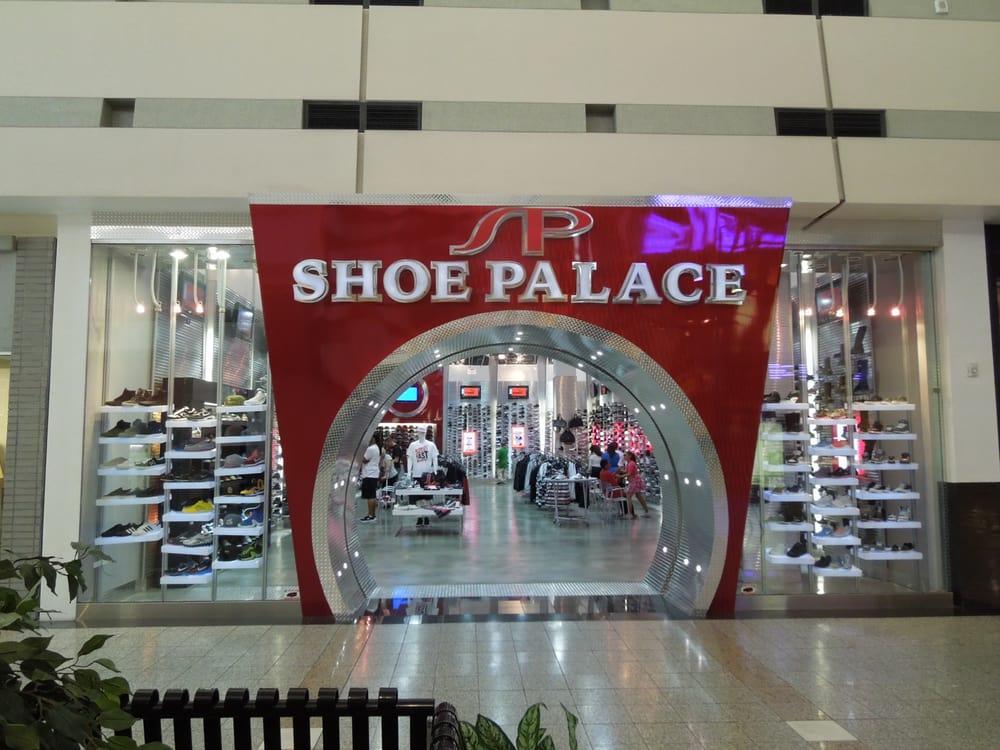 City Place Shoe Stores