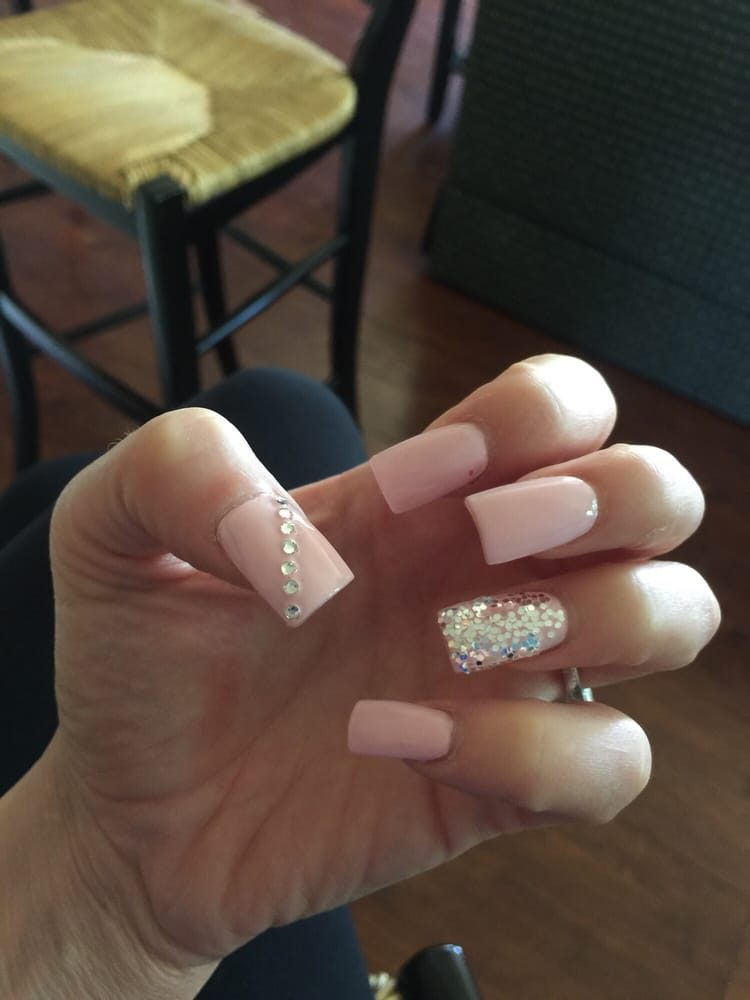 Love my nails, took off my old set, they put on a new acrylic set ...