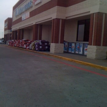 bd7905891de Albertsons - Grocery - 3525 Sycamore School Rd, Wedgwood, Fort Worth ...