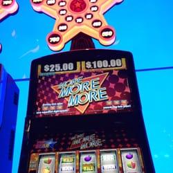 Hollywood casino toledo players club book casino ine sport