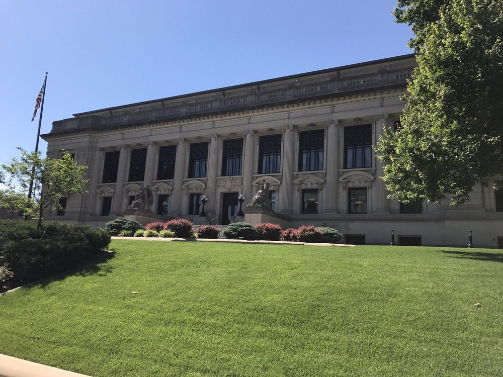Illinois Supreme Court: 2ND And Capitol Ave, Springfield, IL