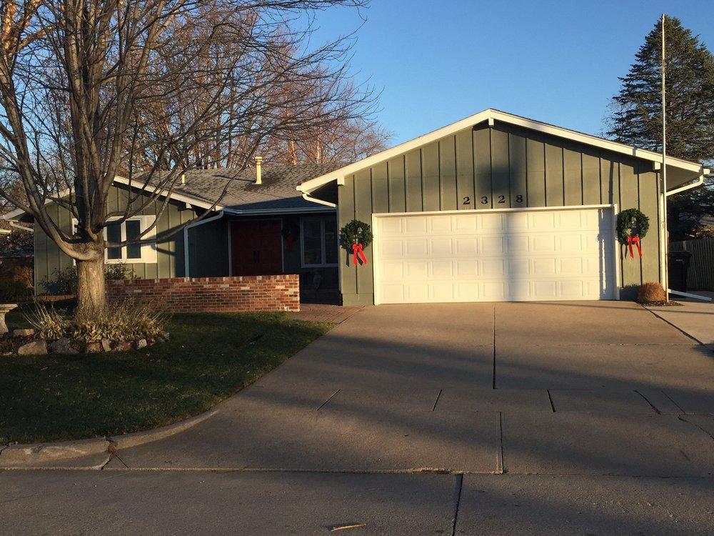 LeafGuard by Midlands Home Solutions: 10416 Chandler Cir, La Vista, NE