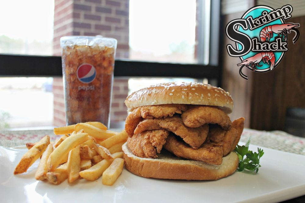 Skrimp Shack: 1269 N Military Hwy, Norfolk, VA