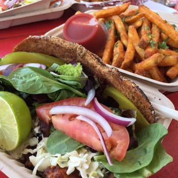 Turf N Surf >> Turf N Surf Po Boy 66 Photos 118 Reviews Food Trucks 3121