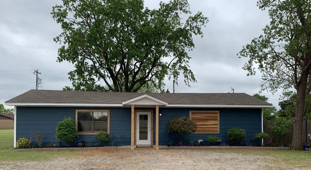 Cashion Community Clinic: 115 N Main St, Cashion, OK