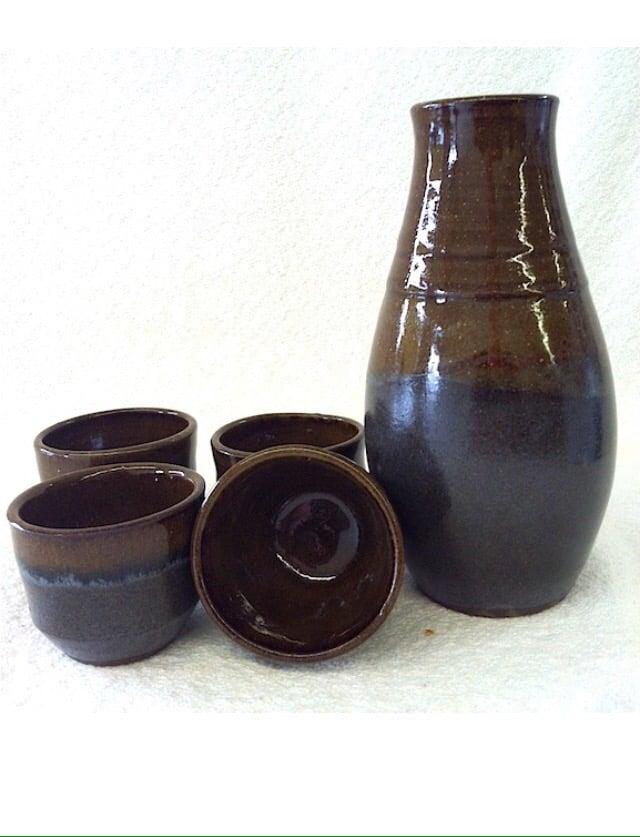 Mudlark Pottery Studio: 1739 Roberts Rd, Verona, KY