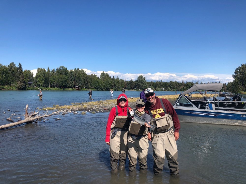 Kenai Cache Outfitters: 14899 Sterling Hwy, Cooper Landing, AK