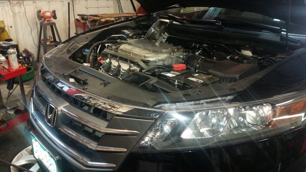 Tech One - Honda & Acura Auto Repair: 1002 E Hampden Ave, Englewood, CO