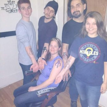 Idle hands tattoo piercing 14 photos 13 reviews for Tattoo shops in wichita ks