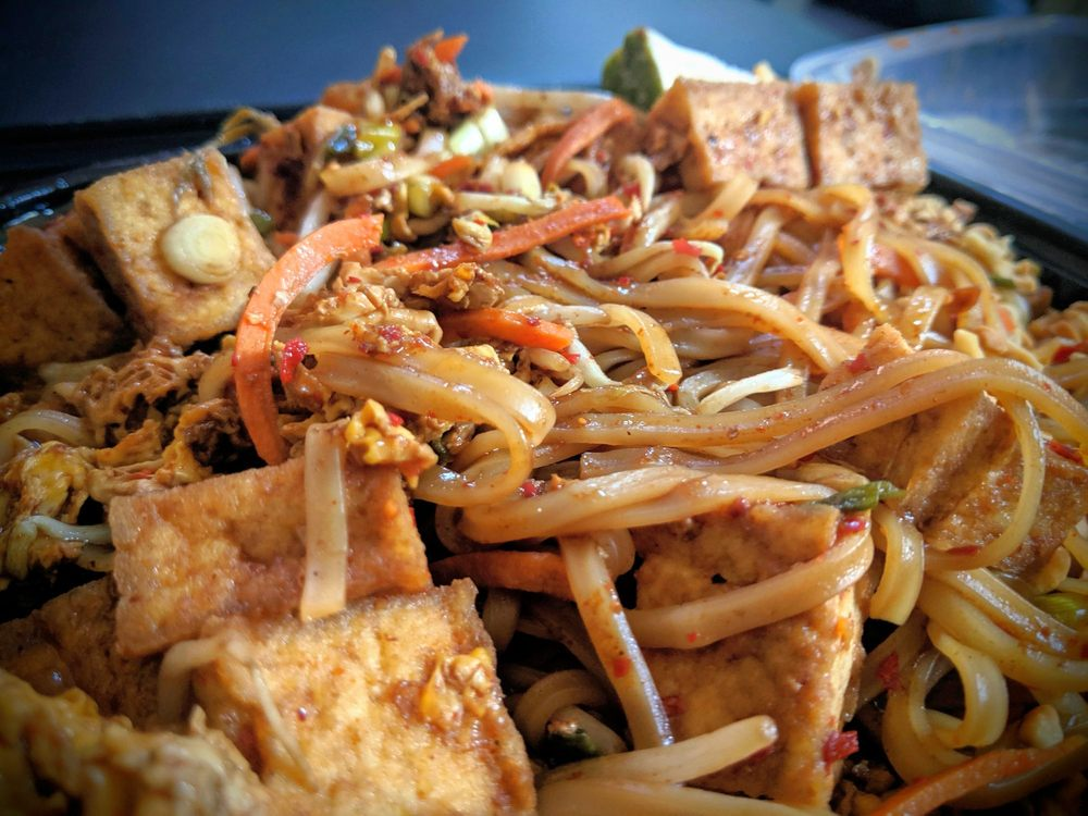 Thai Nation Bistro: 5015 S Saginaw Rd, Flint, MI