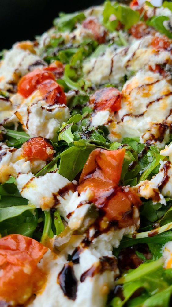 Pizzaboy Pizzeria: 6694 N Northwest Hwy, Chicago, IL