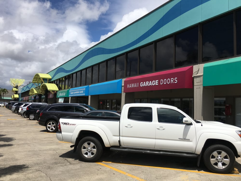 doors services lifestyle garage replacement hawaii door