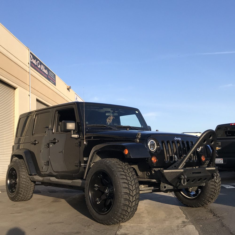 Jeep Mud Tires >> Jeep Wrangler 20x12 Wheel Package With 33 Mud Tires Yelp