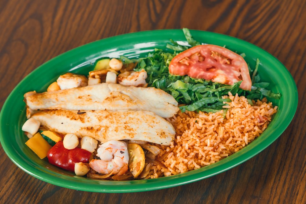 Gustavo's Mexican Grill, Norton Commons: 10715 Meeting St, Prospect, KY