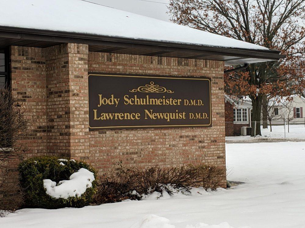 Schulmeister & Newquist: 1203 W Delmar Ave, Godfrey, IL