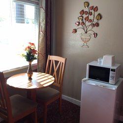 cascade lodge motel 36 photos 59 reviews hotels. Black Bedroom Furniture Sets. Home Design Ideas