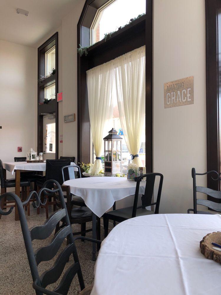 Parrish Cafe: 120 W 4th St, Pratt, KS