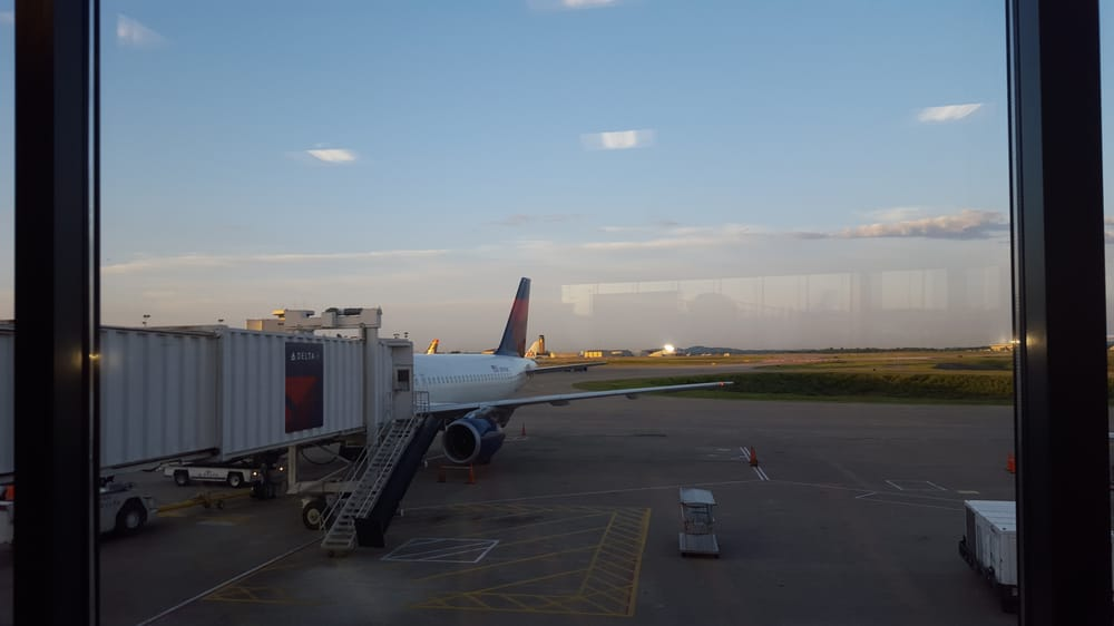 Delta Air Lines: 1 Terminal Dr, Nashville, TN