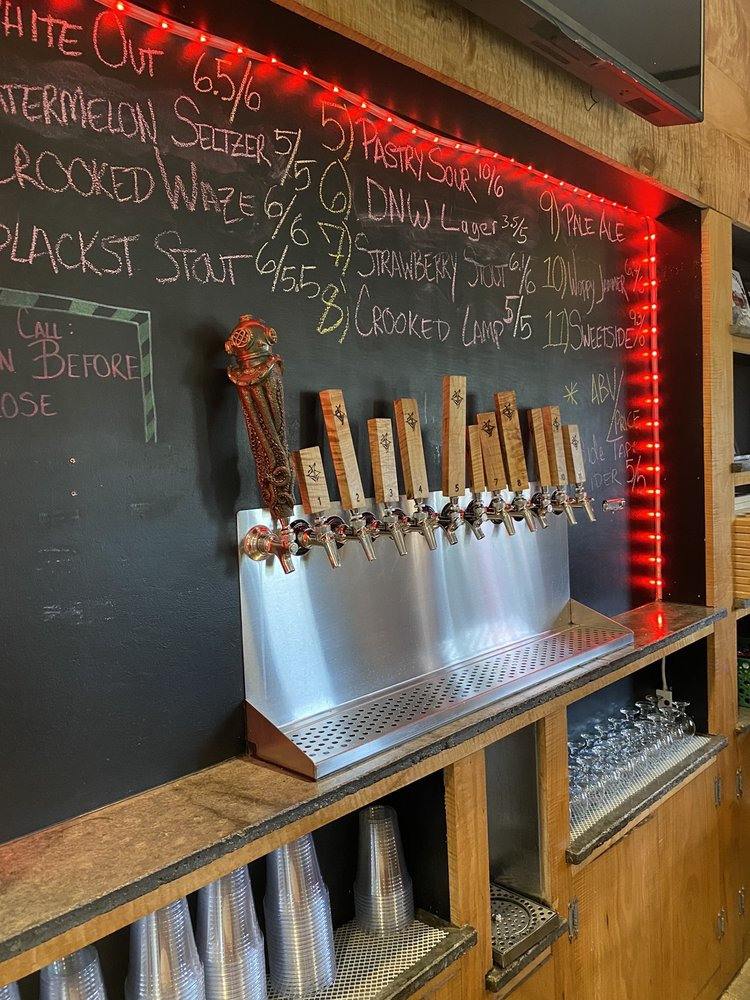 Crooked Tongue Brewing: 2516 Benjamin Franklin Hwy, Edinburg, PA