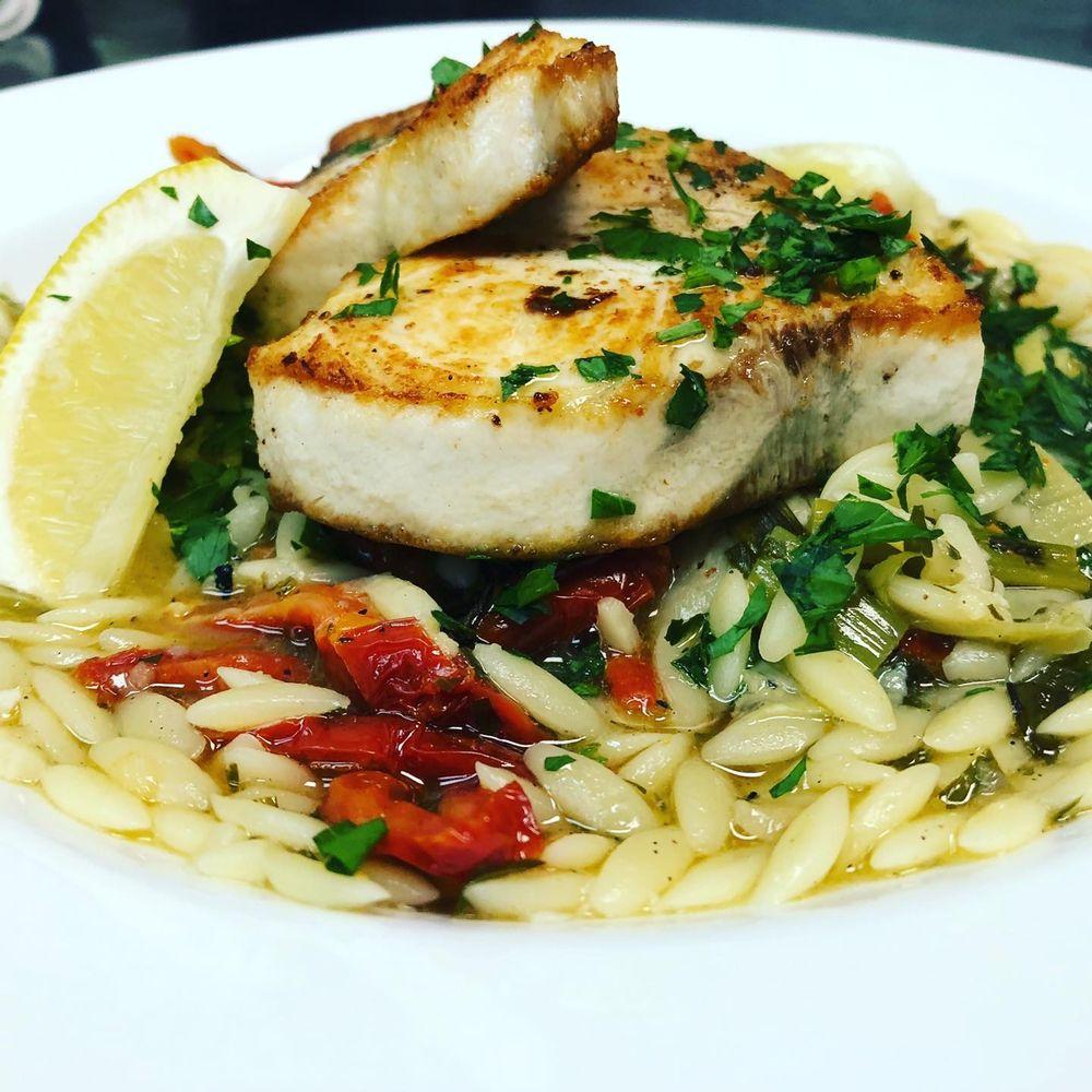 The Oar Restaurant: 1309 19th Pl, Vero Beach, FL
