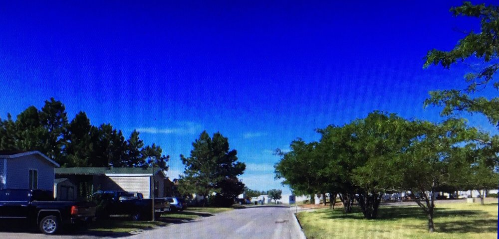 Foothills Mobile Home Park: 201 W Lakeway Rd, Gillette, WY