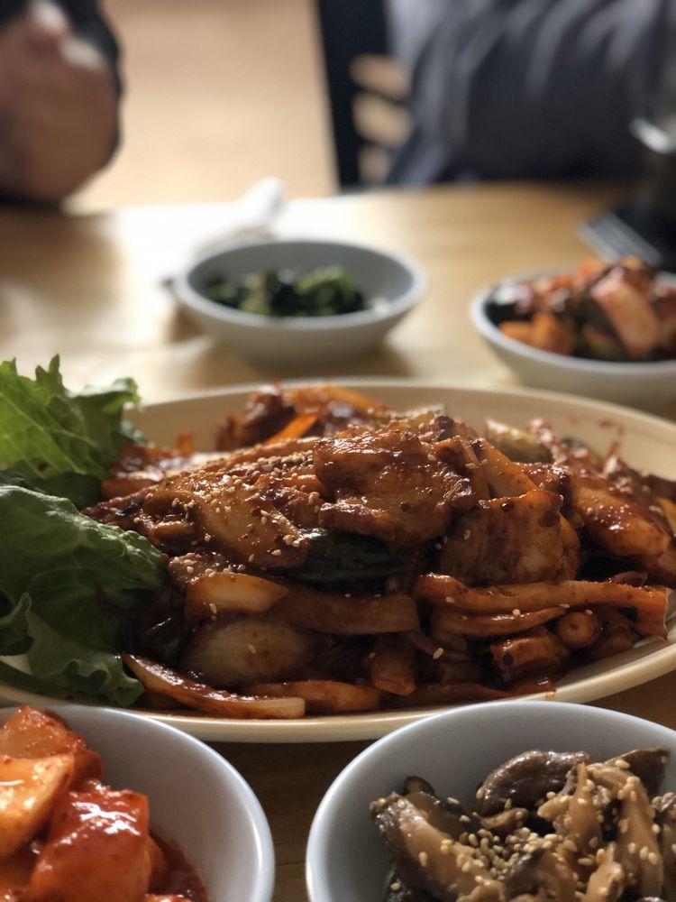 New Oriental Restaurant: 105 Cox Dr, Harker Heights, TX