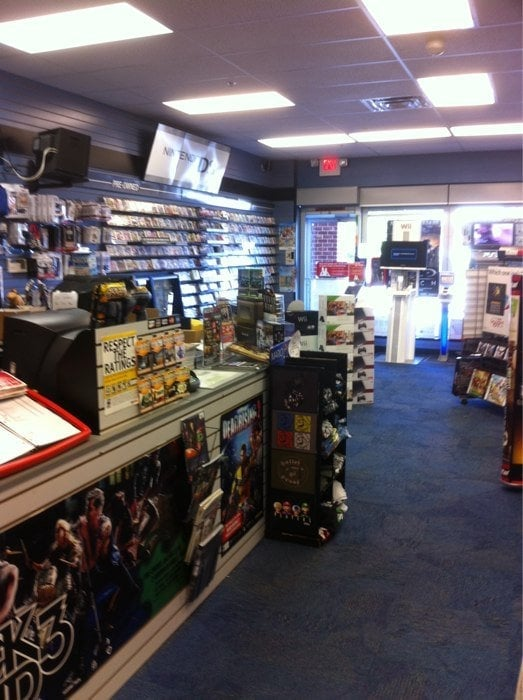 Gamestop: 917 Gap Newport Pike, Avondale, PA