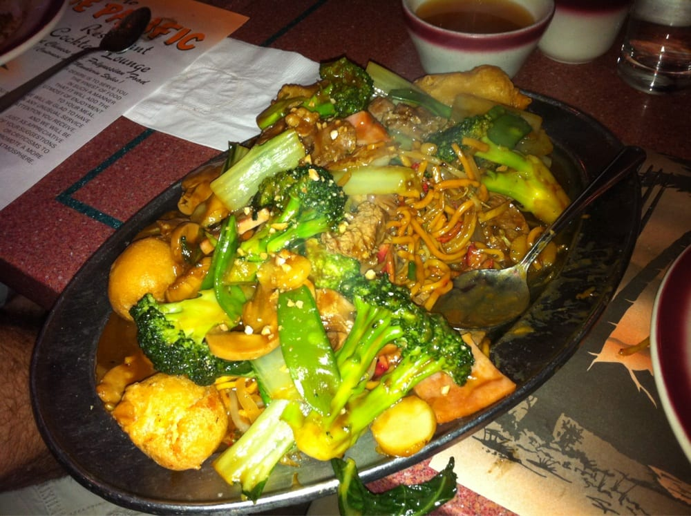 Gai poo lo mein at the jade any dish surrounded by a halo of photo of jade pacific billerica ma united states gai poo lo mein voltagebd Gallery