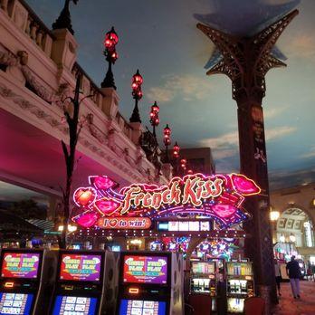 Paris Las Vegas Hotel Amp Casino 3102 Photos Amp 2146