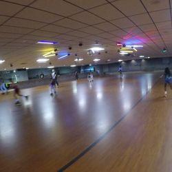 Westlake skate center hours
