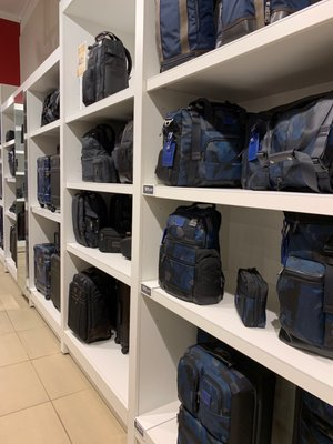 Tumi Outlet