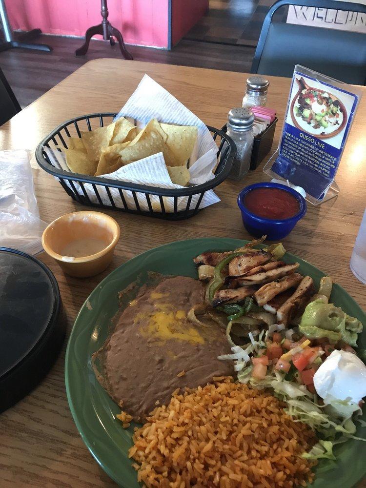 DOS Rios New-Mex Cuisine: 651 Hwy 62 W, Berryville, AR