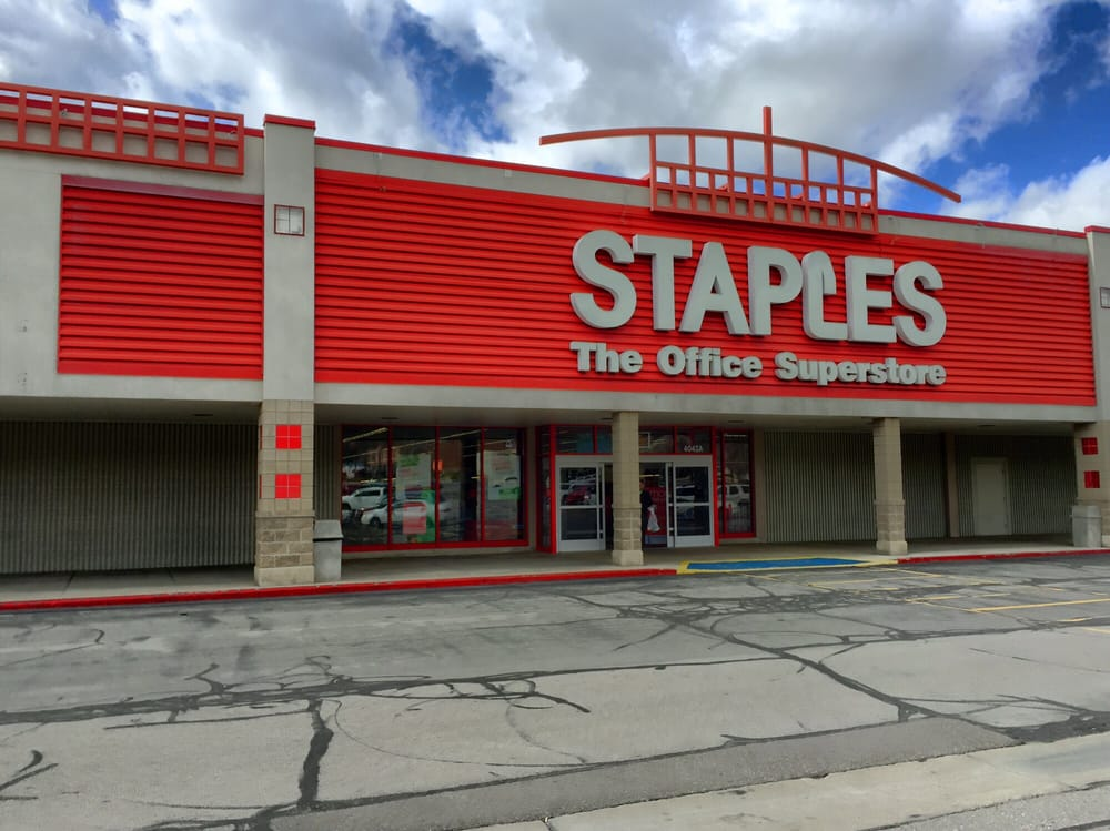 staples office superstore industry A shopping cart is seen outside a staples office supplies store in the  a merger  attempt between the two companies in 1997, office depot.