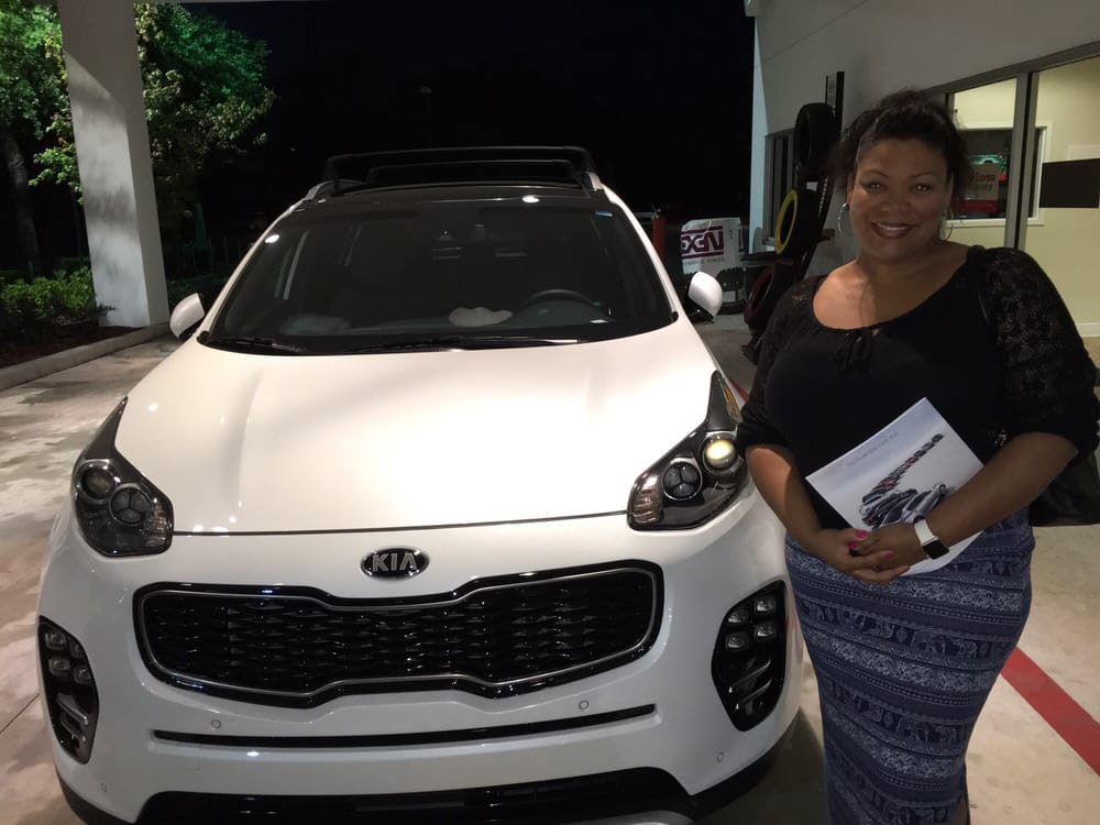 Fuccillo Kia of Wesley Chapel - 32 Photos & 118 Reviews