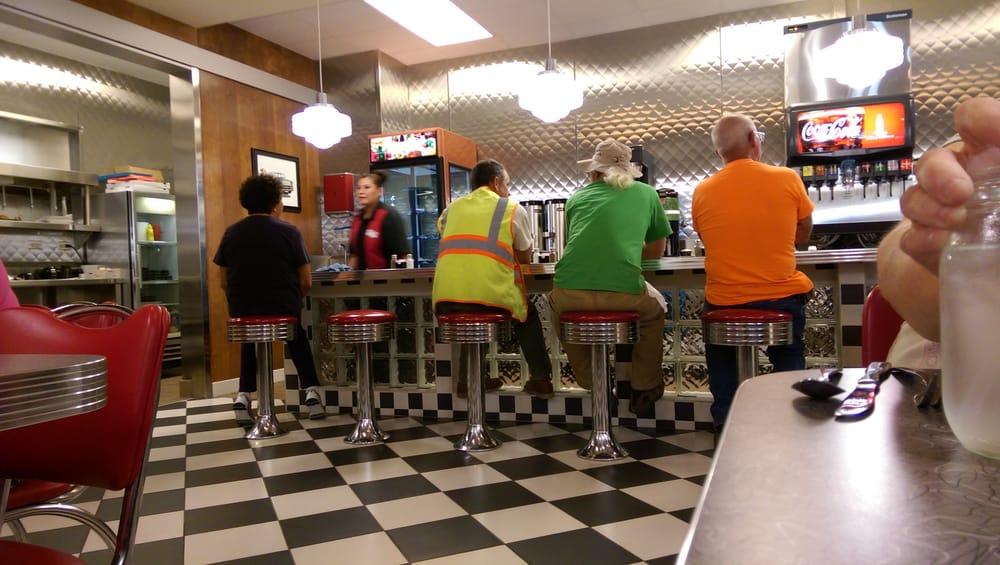 Meskwaki Route 30 Diner: 1504 305th St, Tama, IA
