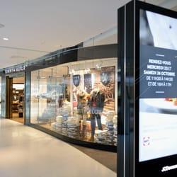 les boutiques du centre beaugrenelle une liste yelp par. Black Bedroom Furniture Sets. Home Design Ideas