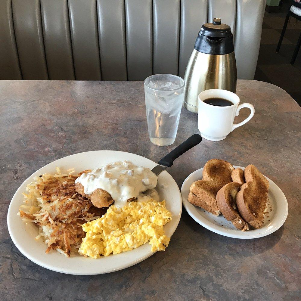 Riverside Cafe: 2200 W Kilgore Ave, Muncie, IN