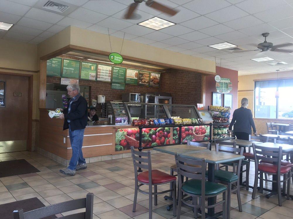 Subway Restaurants Sandwiches 4390 Garrity Blvd Nampa