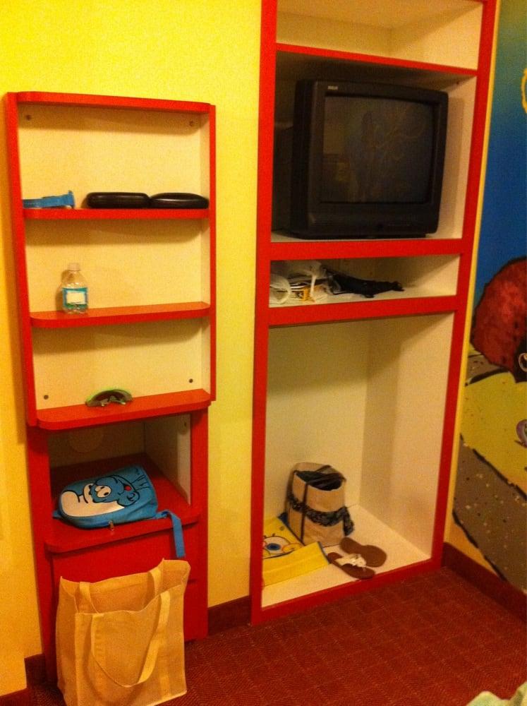 Book Shelf Built In Tv Stand In Kids Bunk Bed Room Yelp