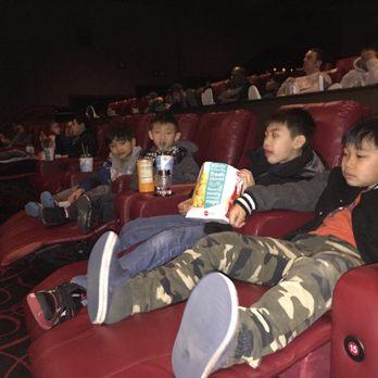 amc loews kips bay 15 98 photos amp 147 reviews cinema