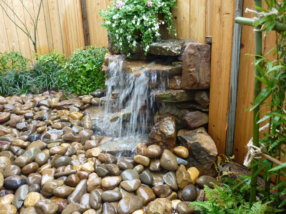 Pond Elegance: 3210 Dawes Rd, Mobile, AL