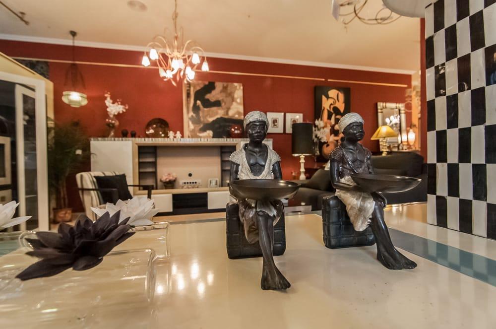 Paco Escrivá Muebles - Furniture Stores - Carrer de ...